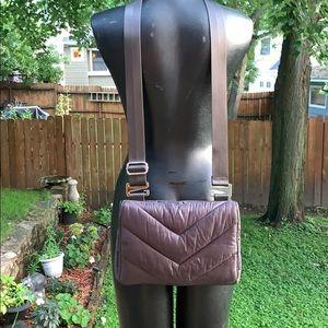 ATHLETA - NWOT Caraa Crossbody Bag - Gray